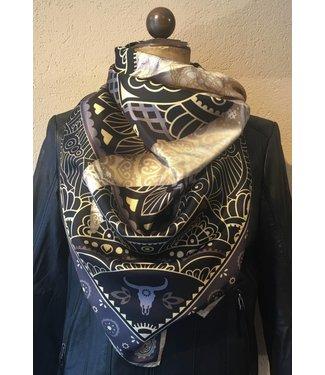 PÔDEVACHE Grote zijden shawl