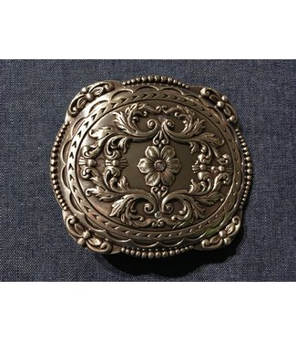 Silver metal buckle with flower