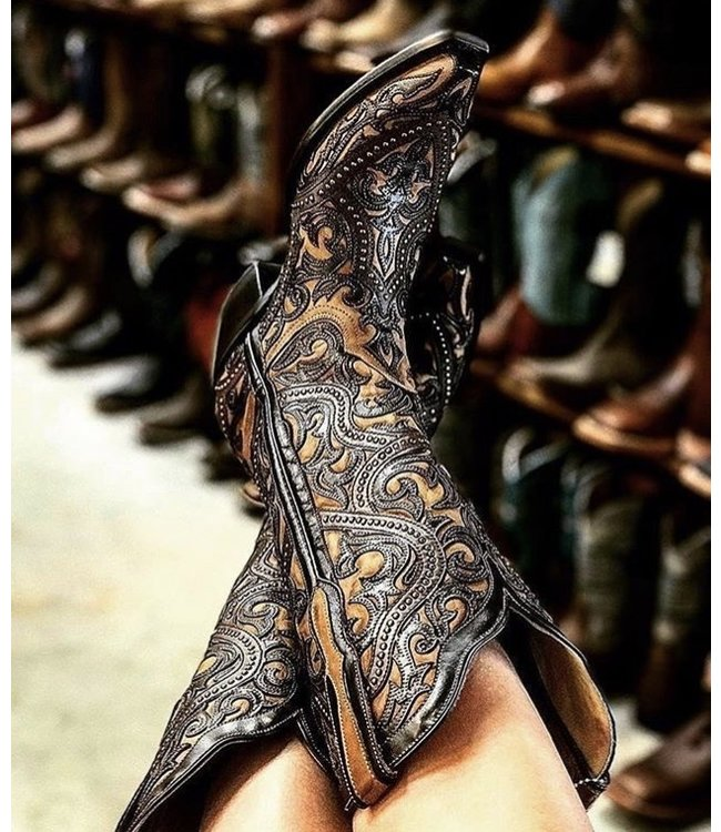 Corral  Brown western boots in two layers