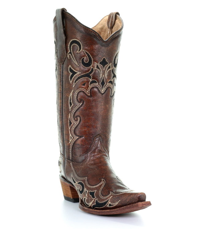 Circle G by Corral Brown leather western boots with black embroidery
