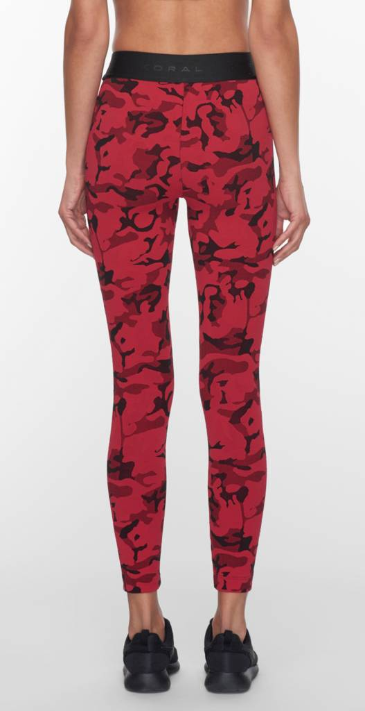 Koral Activewear Sweeper Versatility Bra – Rood/zwart camouflage