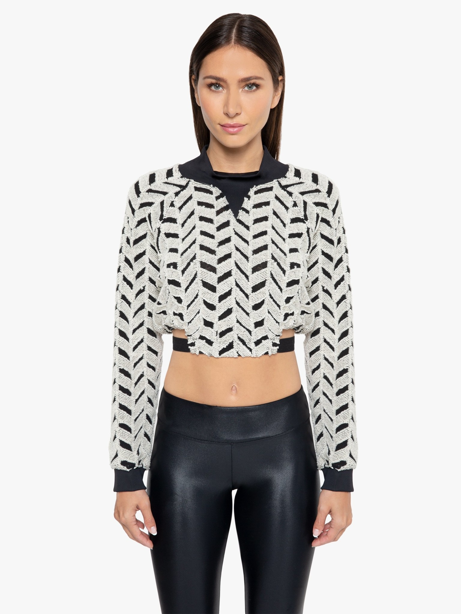Koral Activewear Echo Friley Pullover- Geometrico