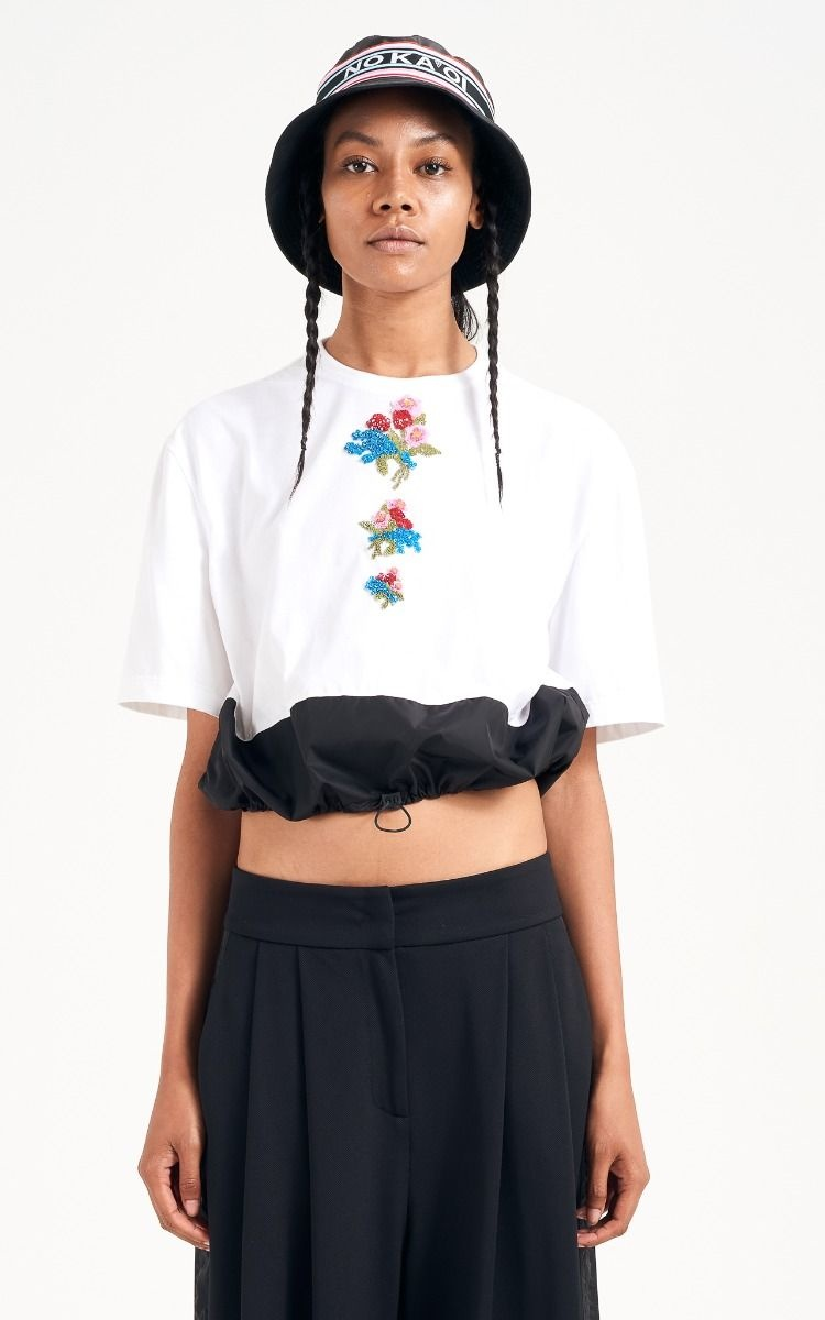 NO KA'OI Gentle rose top with embroidery