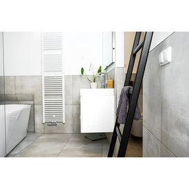 Hilberts Hout Badezimmerleiter aus Eichenholz schwarz