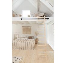 Dachbodentreppe aus Kiefernholz (Schreinertreppe)