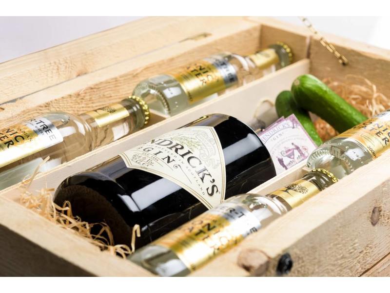 Hendrick's Gin Tonic Box