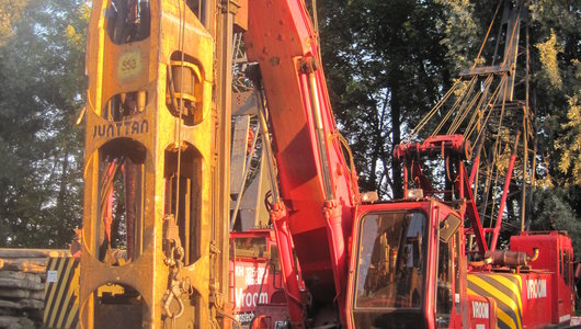Piling rigs