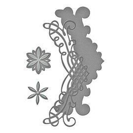 Spellbinders und Rayher Stanzschablonen: filigrane Bordüre + Blumen