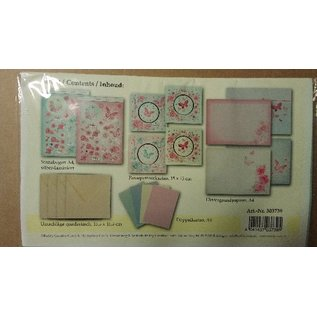 BASTELSETS / CRAFT KITS Bastelpackung: Passepartout cards with flowers and butterfly cards