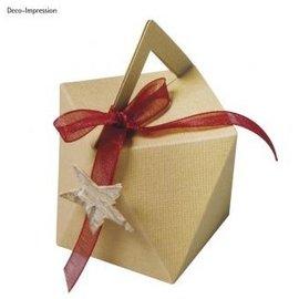 Modello, cubo, scatola di 9 cm di altezza x larghezza di 7 cm.