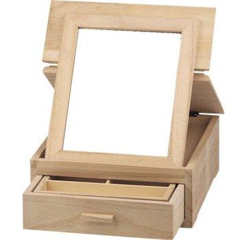 Objekten zum Dekorieren / objects for decorating Jewelery box, made of wood for decoration.