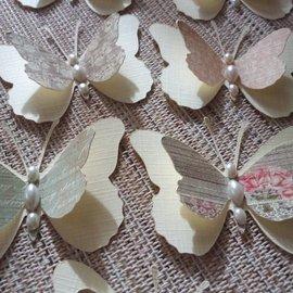 Embellishments / Verzierungen 9 mariposas pieza 3D con perlas