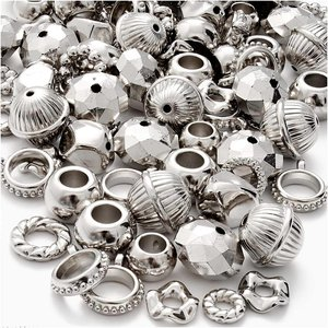 Embellishments / Verzierungen 12 metallised, silver colored rings, charms, pearls