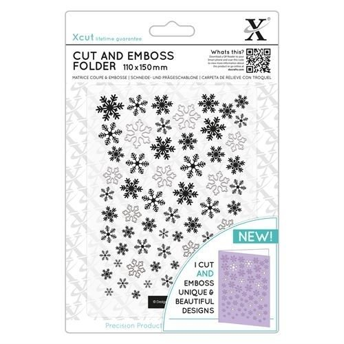 Docrafts / Papermania / Urban Ponsen template en embossing mappen in één: LET IT SNOW