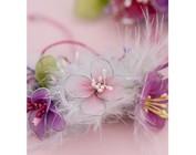 Stame, Bloemen da combinare, nastro decorativo, perline, chiodi a testa e molti altri ornamenti