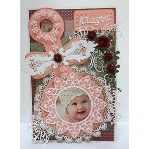 Dutch DooBaDoo Dutch Doobadoo, Plastik Schablone A5: Baby Rassel