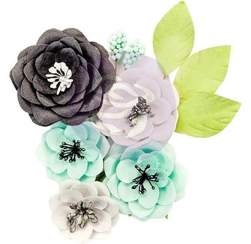 Prima Marketing und Petaloo These flowers give all your paper craft projects the perfect touch!