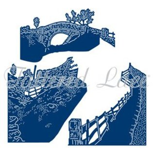 Tattered Lace Stencils, coleção sazonal do trio, sobre a ponte