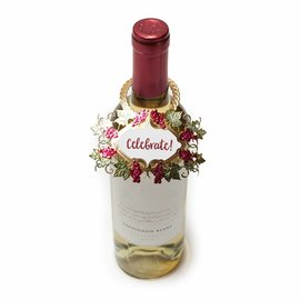Spellbinders und Rayher Gabarits de découpe, Shapeabilities, étiquette de bouteille de vin Spellbinders Vineyard (SDS-133)
