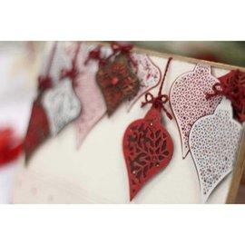 Tattered Lace Plantillas de punzonado + sellos, bolas navideñas.