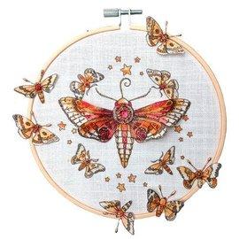 CREATIVE EXPRESSIONS und COUTURE CREATIONS Diseños de tinta rosada: ¡Establece la libélula, el sello A5, para diseñar la escena 3D!