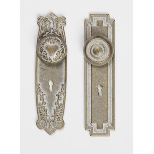 Embellishments / Verzierungen Adornos: Placas de metal con botones, Shabby Chic