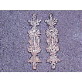 Embellishments / Verzierungen 2 metallpynt, sølv ornamenter