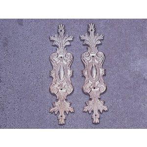Embellishments / Verzierungen 2 embellissements en métal, ornements en argent