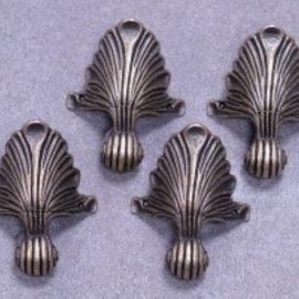 Embellishments / Verzierungen 4 pies de metal en bronce antiguo.