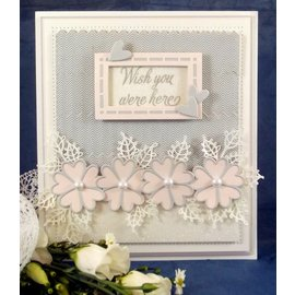 CREATIVE EXPRESSIONS und COUTURE CREATIONS Punching and embossing template: The Finishing Touches Collection
