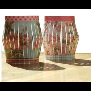 BASTELSETS / CRAFT KITS Plier la feuille de perforation A4 pour lanterne