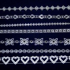 Embellishments / Verzierungen 7 bordures décoratives différentes avec des pierres scintillantes, pour la conception de cartes, scrapbook, albums et bien plus encore!