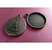 Embellishments / Verzierungen Charms, 2 Stück, rund mit Eifelturm Motiv