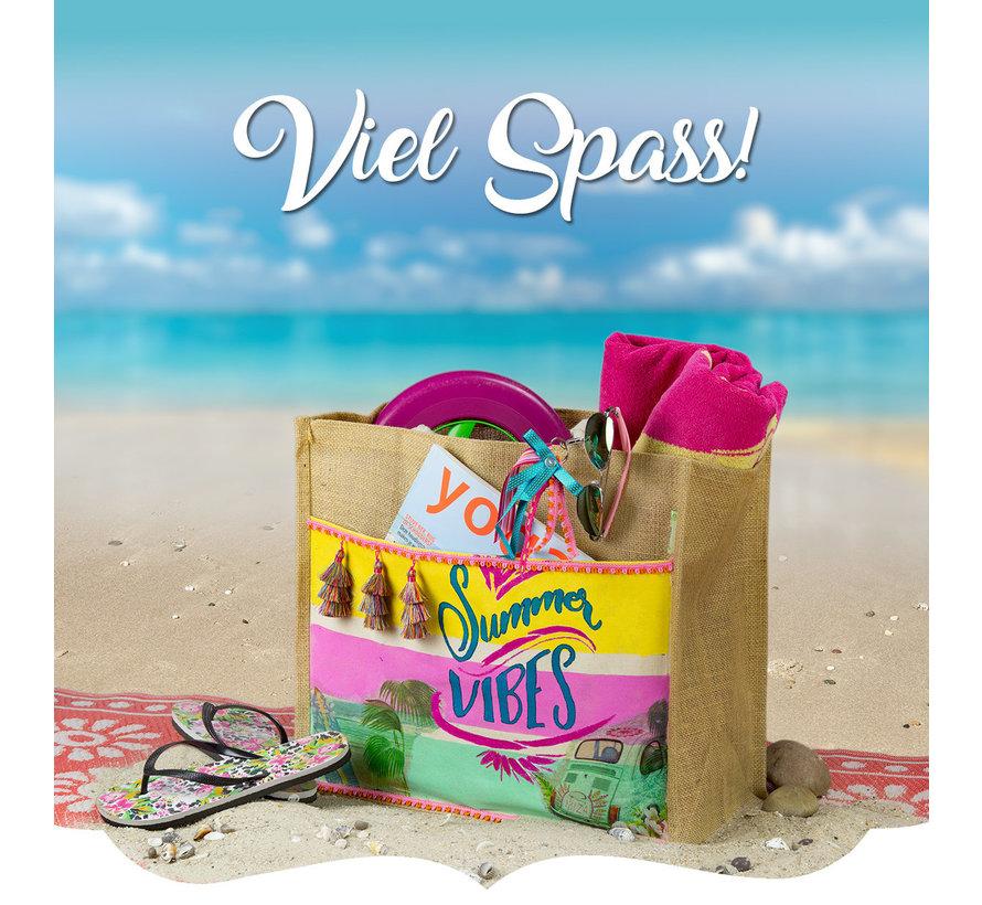 Bummeln Sie am Strand, in der Stadt oder mit Freundinnen irgendwo, mit einer exklusiven, selber gemachten Tasche.. das liefert sicherlich Komplimente.