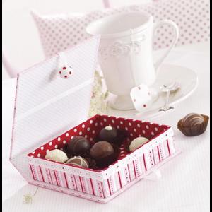 Objekten zum Dekorieren / objects for decorating Box with inner box, very stable, 17.0 x 18.0 x 5.5 cm