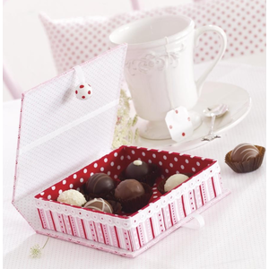 Objekten zum Dekorieren / objects for decorating Kasse med indvendig kasse, meget stabil, 17,0 x 18,0 x 5,5 cm