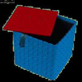 Objekten zum Dekorieren / objects for decorating Eske med separat lokk, veldig stabil, 12 x 12 x 11 cm