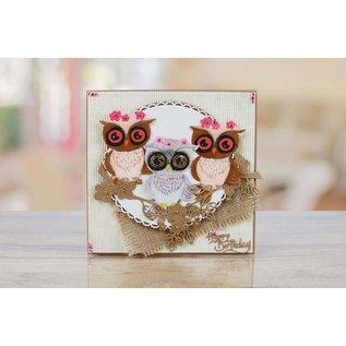 Tattered Lace Til stansning med en stansemaskine for at skabe fantastiske effekter til dine kort, dekorationer og scrapbogsider.