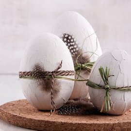 Objekten zum Dekorieren / objects for decorating 3 polystyrene eggs, h 8 cm, 10 cm and 12 cm, white