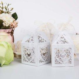 Dekoration Schachtel Gestalten / Boxe ... 5 heart boxes, 5 x 5 x 7.5 cm + decorative ribbon