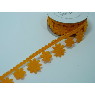 DEKOBAND / RIBBONS / RUBANS ... Vilten plakband, breedte 30 mm, rol 3 meter, bloemen op rand
