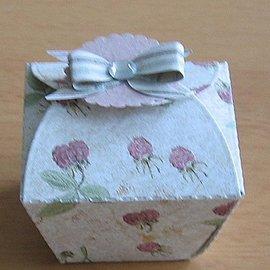 Nellie Snellen Troquelado y estampado en relieve plantilla: cajas de regalo, cajas