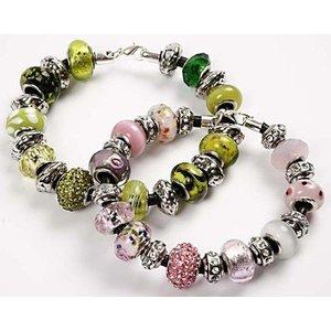Schmuck Gestalten / Jewellery art 24 perles de verre différentes