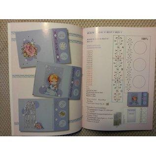 Bücher, Zeitschriften und CD / Magazines Buch mit viele Vorlagen: Sticken auf Karten