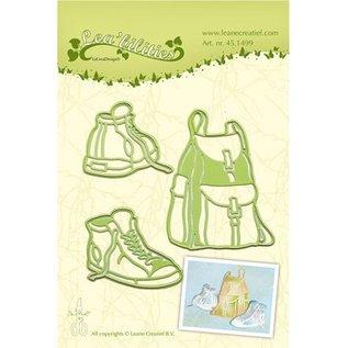 Leane Creatief - Lea'bilities und By Lene Stampen en Embossing stencil, rugzak en wandelschoenen