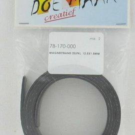 BASTELZUBEHÖR, WERKZEUG UND AUFBEWAHRUNG Magnetic tape self-adhesive