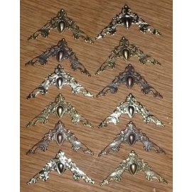Embellishments / Verzierungen 12 metal ornaments