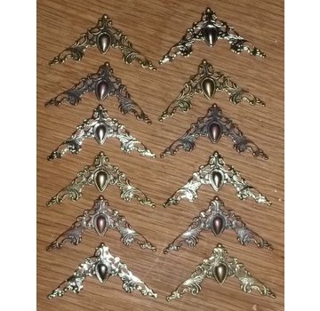 Embellishments / Verzierungen 12 metalen ornamenten