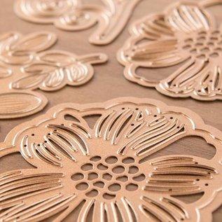 Spellbinders und Rayher Ponsen en embossing sjablonen Shapeabilities, romantische bloemen