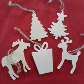 Objekten zum Dekorieren / objects for decorating 5 verschiedene Weihnachtsmotive aus Holz